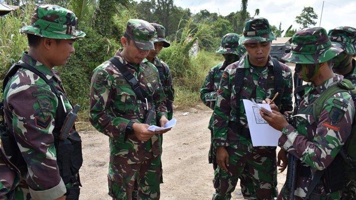 Jelang Keberangkatan ke Perbatasan Indonesia -Papua Nugini Prajurit Yonif 611/Awl Latihan Ilmu Medan