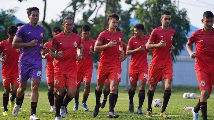 Diam-diam Persija Sudah Dipimpin Pelatih Baru, Sosoknya Belum Pernah Berkarier di Indonesia
