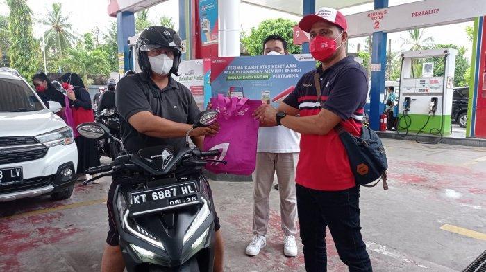 Hari Pelanggan Nasional di Balikpapan, Pertamina Bagikan Tabung Gas dan Diskon Pertamax Series