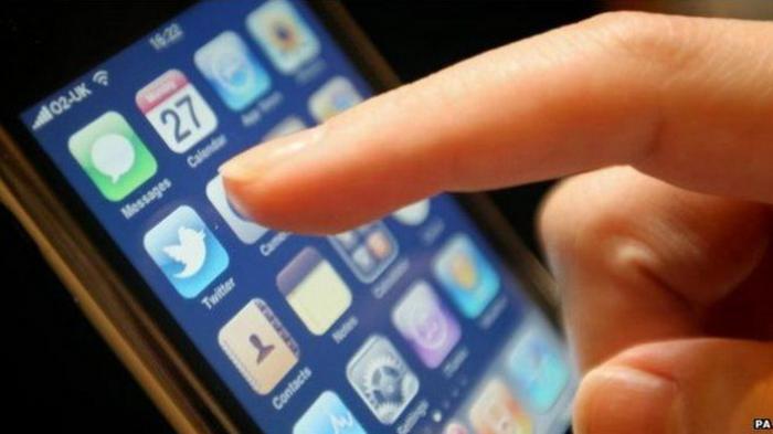 Gunakan Media Sosial Secara Berlebihan Memberi Efek Negatif, Simak Tiga Hal Ini