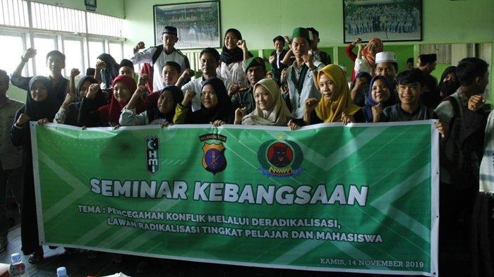 Cegah Terpapar Paham Radikalisme, Para Siswa di Kutai Kartanegara Ikut Seminar Kebangsaan