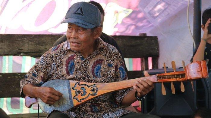 Kisah Desa Muhuran, Hanya Berjarak 2 Jam dari Tenggarong, Hidup Mandiri Tanpa Listrik 24 Jam - pesta-rakyat-5-10112019.jpg