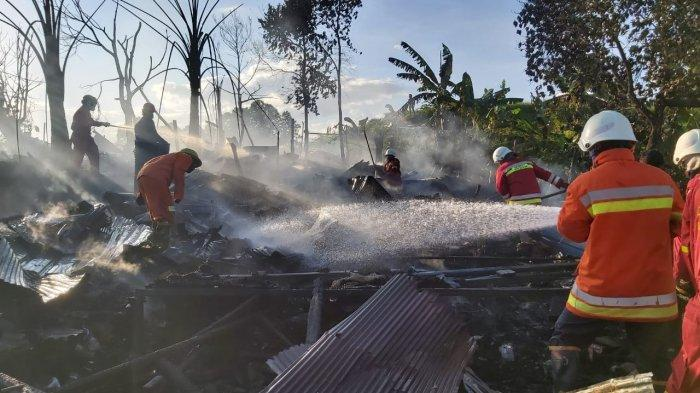 Satu Rumah di Balikpapan Utara Ludes Dilahap Si Jago Merah, Tiga Unit Armada Turun Padamkan Api
