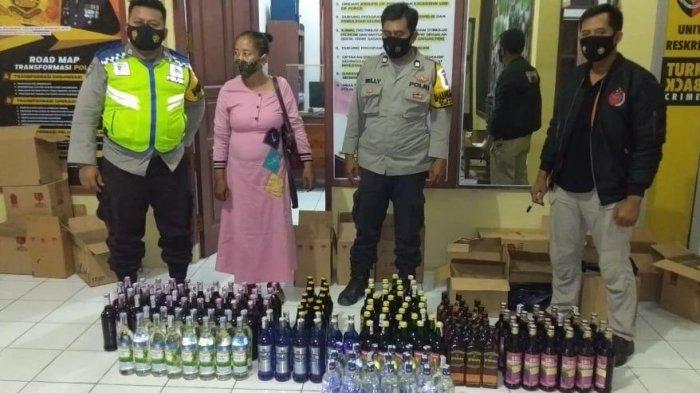 Jual Bebas Minuman Keras, Ibu Pemilik Warung di Kukar Diamankan, Polisi Sita 175 Botol Miras