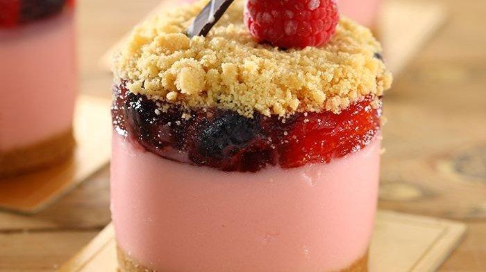 Resep Mousse Pie Berry Crumble, Dessert yang Hadirkan Tiga Sensasi Rasa dalam Satu Kali Gigitan