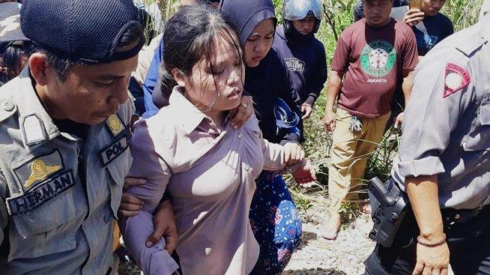 30 Menit Menegangkan Evakuasi Perempuan yang Nekat Panjat Tower PLN di Bontang Lestari