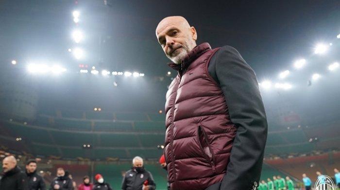 Berita AC Milan - Pioli Kehabisan Akal Jelang Lawan Inter, Rossoneri Pincang tanpa Tandem Kessie