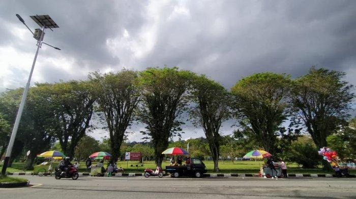 Didesak Pedagang, PKL Lapangan Merdeka Balikpapan Dibolehkan Jualan Hari Sabtu
