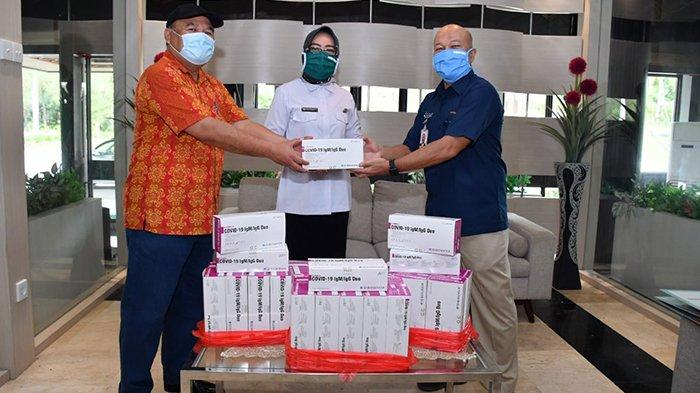 Optimalkan Antisipasi Pandemi Covid-19 Pupuk Kaltim Beri Bantuan 600 Alat Rapid Test ke RSUD Bontang