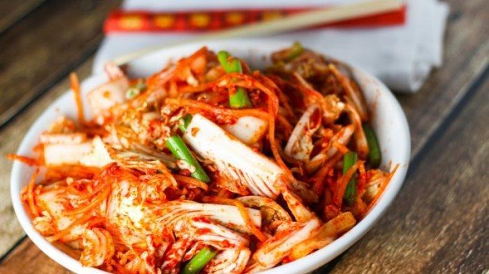 Jadi Hidangan Sehat Khas Korea Selatan yang Ada Sejak 4.000 Tahun Lalu, Ini Fakta Menarik Kimchi