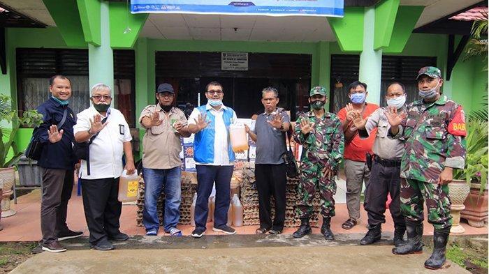 Ringankan Beban Warga, PLN UP3 Samarinda Serahkan Bantuan kepada Korban Banjir