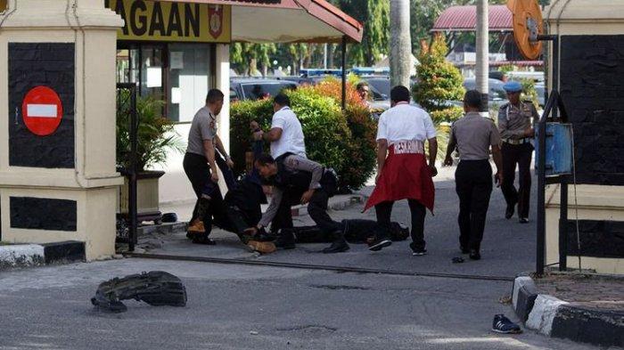 4 Jenazah Teroris Sudah Diambil Keluarganya di RS Bhayangkara Polda Riau