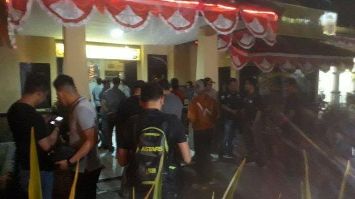 Polsek Wonokromo Surabaya Diserang dan Satu Anggota Polisi Terluka, Pelaku Sempat Pura-pura Lapor