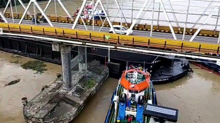 Terkuak Penyebab Ponton Batubara Tabrak Jembatan Mahakam Samarinda, Gubernur Kaltim Tak Tinggal Diam