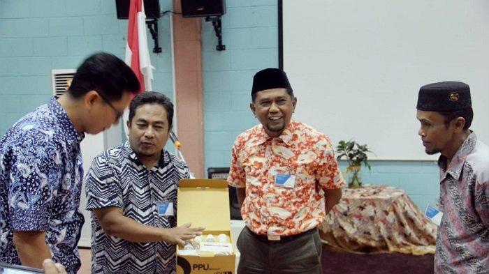 Pemkab Berkomitmen Terangi Rumah Warga, Pertamina Hulu Kalimantan Timur Beri Bantuan PPU Bersinar