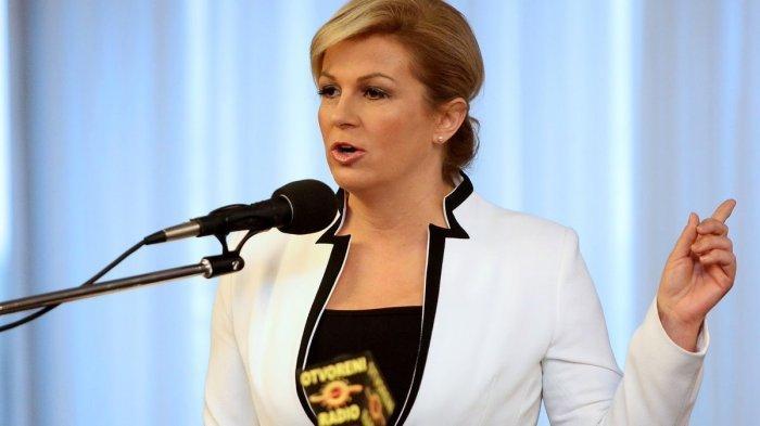 Sosok Presiden Kroasia, Kolinda Grabar-Kitarovic yang Curi Perhatian saat Final Piala Dunia 2018