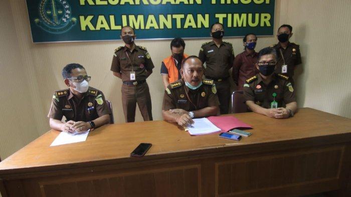 BREAKING NEWS Kejati Kaltim Tangkap Dirut PT AKU, Dugaan Korupsi Penyertaan Modal di Pemprov Kaltim