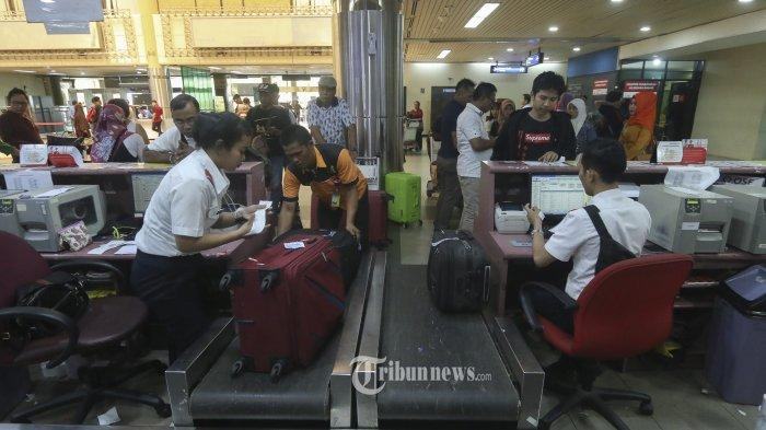 proses-check-in-di-bandara-hang-nadim.jpg