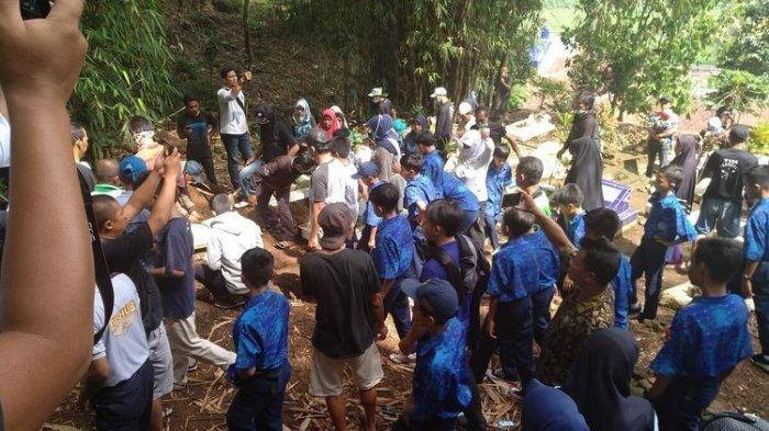 Fakta Baru Tewasnya Siswi SMP yang Jasadnya Ditemukan di Gorong-gorong, Ayah Akui Bohong ke Guru