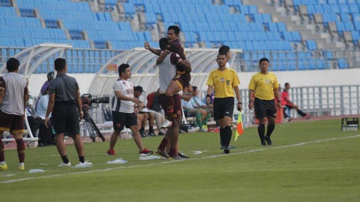 UPDATE SKOR Persebaya vs PSM Makassar di Balikpapan, Umpan Aji Kurniawan Menit 38 Ubah Skor 1-1