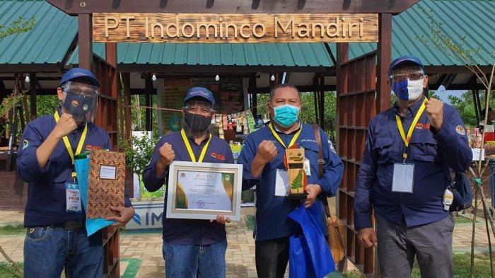 PT Indominco menerima penghargaan Anugerah Konservasi Alam di HKAN 2020 dari Wakil Menteri Lingkungan Hidup dan Kehutanan, Alue Dohong di Taman Nasional Kutai, Bontang, Kalimantan Timur, Rabu (16/9/2020).