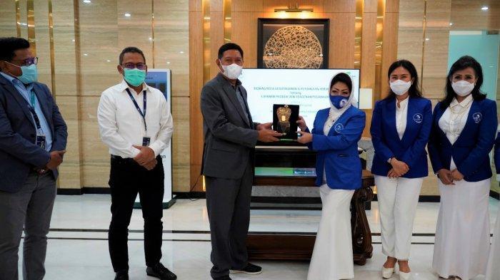 Bangkitkan UMKM, Pegadaian Gandeng IWAPI, Siapkan Pembiayaan dan Tabungan Emas Seluruh Indonesia