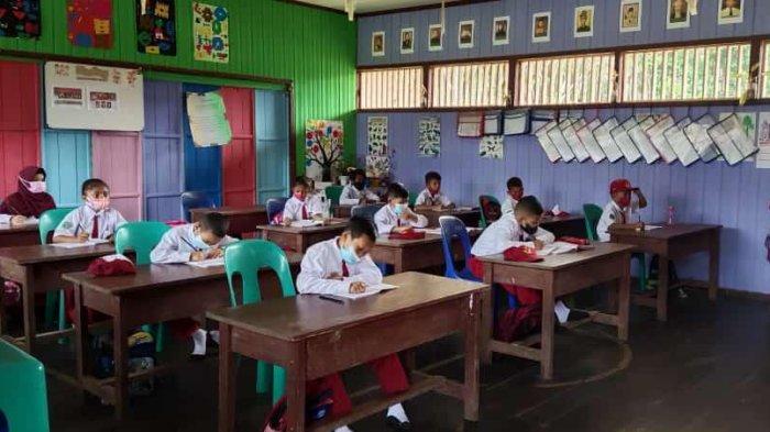 Mendikbudristek Nadiem Makarim Masih Anggap Rendah Meski 40 Persen Sekolah Gelar PTM Terbatas