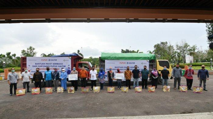 Potong THR Karyawan, Direksi dan Komisaris! Pupuk Kaltim Salurkan Paket Sembako Rp 2,2 Miliar