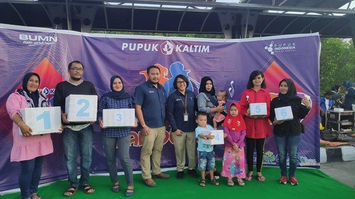 Panggung Hiburan Karoeke Ria Pupuk Kaltim di Bontang Kuala Berlangsung Semarak