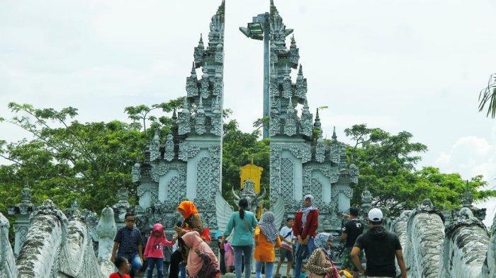 TRIBUN TRAVEL Eksotis Pulau Kumala di Tengah Sungai Mahakam, Ikon Destinasi Wisata Tenggarong Kukar