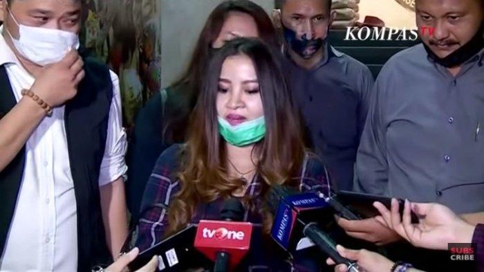 Putri Sulung John Kei Sedih, Harapan Melan Refra pada Ayahnya, Terungkap Pesan John Kei soal Nus Kei