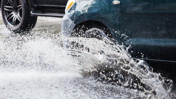 Hati-hati di Negara ini, Kendaraan Cipratkan Air ke Pejalan Kaki Bisa Kena Denda Rp 91 Juta