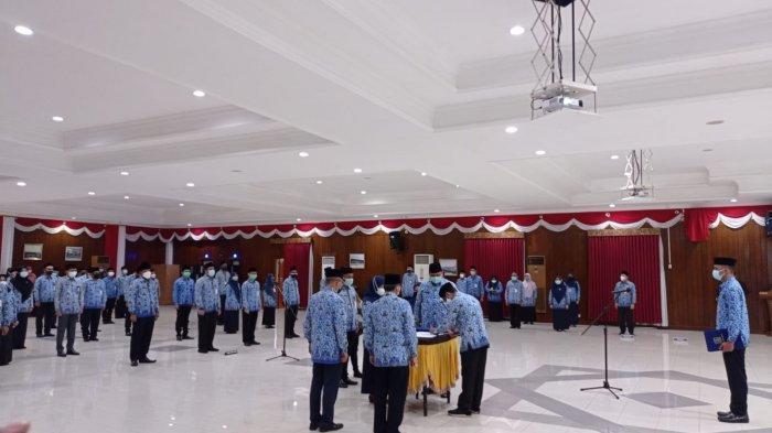 Walikota Balikpapan Rahmad Masud Lantik 49 Pejabat Eselon III dan IV