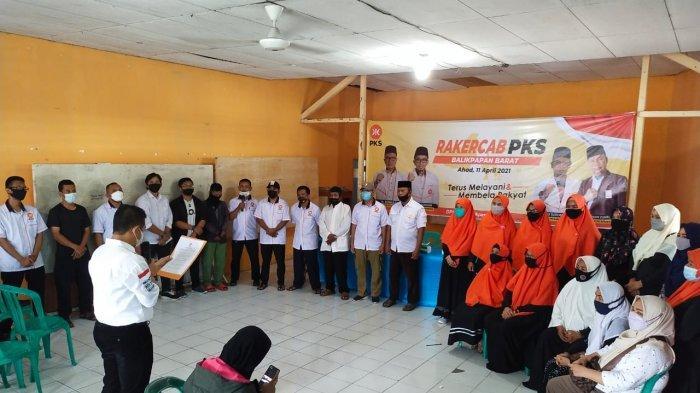 Rapat Kerja Cabang (Rakercab) DPC Partai Keadilan Sejahtera (PKS) di 6 Kecamatan se Kota Balikpapan masih menyisakan dua DPC.Sementara 4 DPC sudah menggelarnya pada Sabtu dan Minggu.
