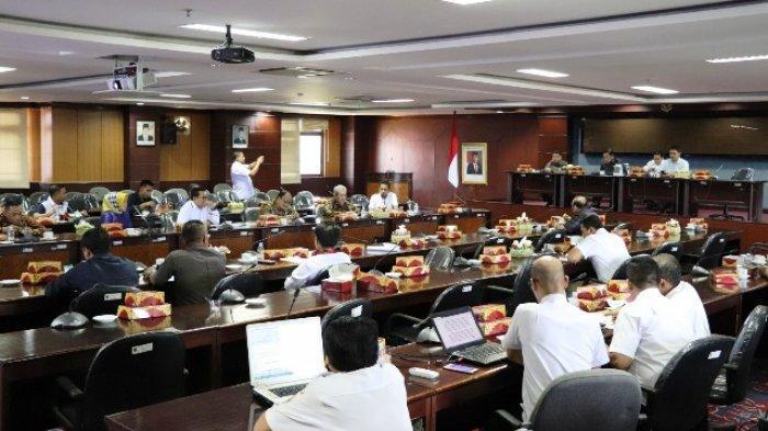 Sepakat Tunda Kunjungan, DPRD Kaltim Juga Bentuk Tim Bantu Pemerintah Tangani Covid-19
