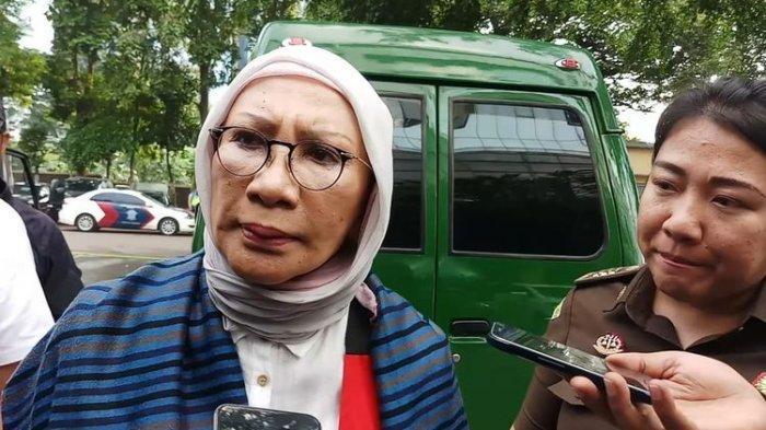 Ratna Sarumpaet Menangis Saat Nanik S Deyang Timsel Prabowo-Sandi Bersaksi di Pengadilan