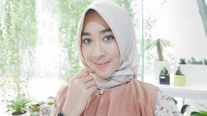 Kenalin Raudha Kasmir, Satu-satunya Kontestan Berhijab di Kontes Miss Indonesia 2018