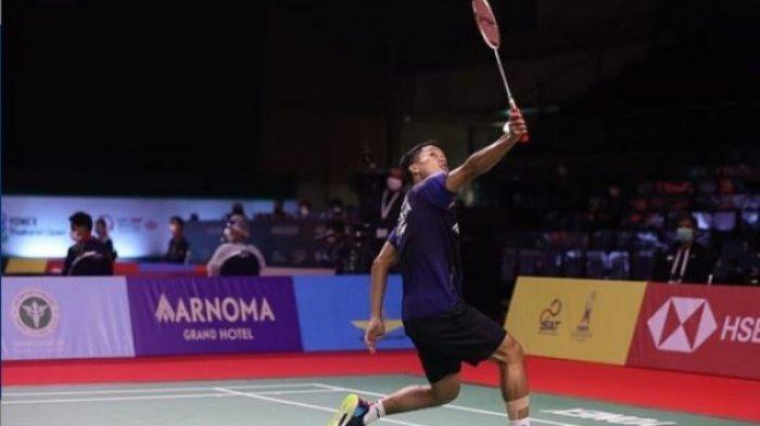 Anthony Sinisuka Ginting. Berikut ini rekap hasil semifinal Thailand Open I 2021, Anthony Ginting tak mampu atasi Viktor Axelsen, Indonesia hanya dua wakil di final.
