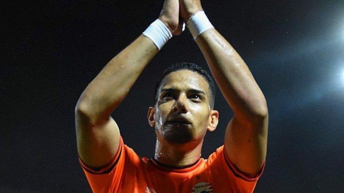 Arema FC Sisakan 1 Slot Pemain Asing untuk Mario Gomez, Ezechiel NDouassel atau Renan da Silva?