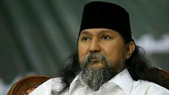 Jenazah Habib Ja'far Al-Kaff Urung Dibawa ke Ponpes Nabil Husein Samarinda Karena Jemaah Ramai