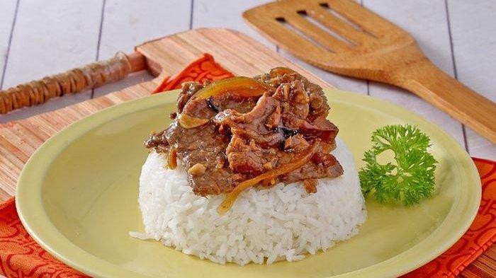 Resep Nasi Tumis Daging Enak, Menu Makan Siang Praktis yang Bikin Seisi Rumah Langsung Ketagihan