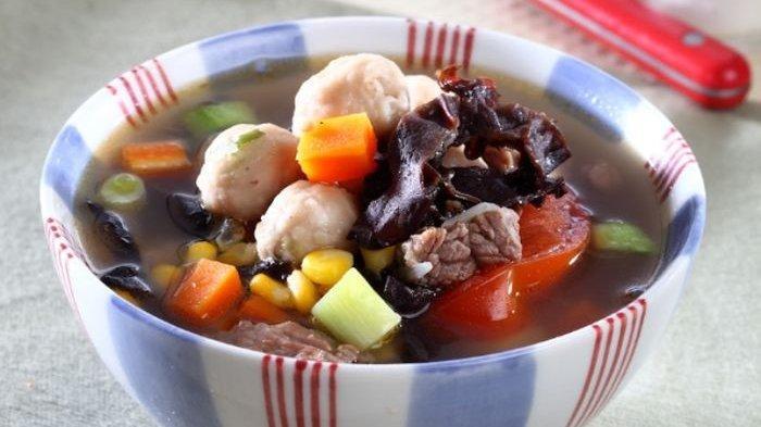 Resep Sup Bola-bola Gurih Nikmat, Menu Pelengkap Makan Malam dengan Kuah Super Gurih