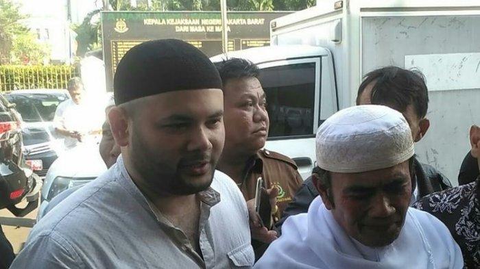 Diantar Rhoma Irama dan Diiringi Tangis Debby Irama, Ridho Rhoma Kembali Dijebloskan ke Penjara