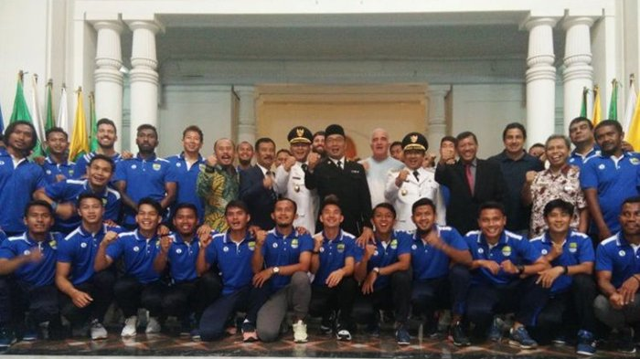 Live Streaming Persib Bandung vs PSS Sleman, Bobotoh Tampaknya Tak Ikuti Arahan Ridwan Kamil