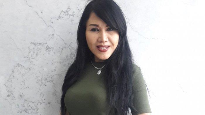 Rita Sugiarto saat konferensi pers Peluncuran Liga Dangdut Indonesia (LIDA) di SCTV Tower, Senayan, Jakarta Pusat, Jumat (13/1/2018).