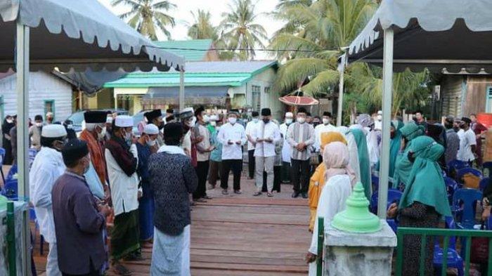 Safari Ramadhan di Desa Bandan Bikis, Bupati KTT Ibrahim Ali Sampaikan Arahan Presiden Jokowi