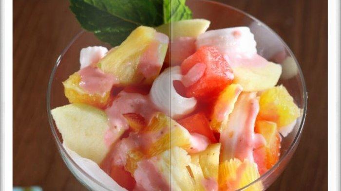 Cara Bikin Salad Buah Saus Stroberi Super Enak, Dessert Praktis dan yang Pasti Menyehatkan