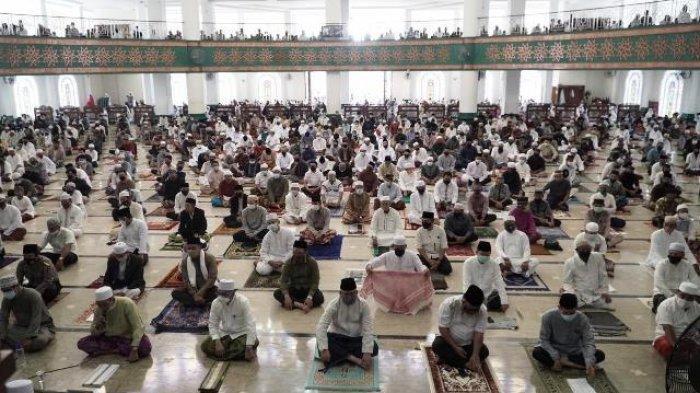 Bupati-Wabup Bersama Ribuan Jamaah Ikuti Salat Idul Adha di Masjid Agung Tanjung Redeb