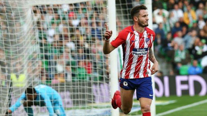 Saul Niguez merayakan gol Atletico Madrid ke gawang Real Betis pada pertandingan La Liga di Stadion Benito Villamarin, Minggu (10/12/2017).