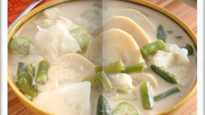 Cara Bikin Sayuran Kuah Kencur Super Enak, Menu Makan Siang yang Sederhana